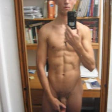 SexyGay Boy With Hot Abs Exposed On Cam