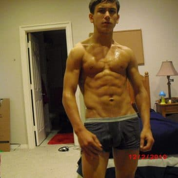 Topless Guy With Tough Abs On Cam