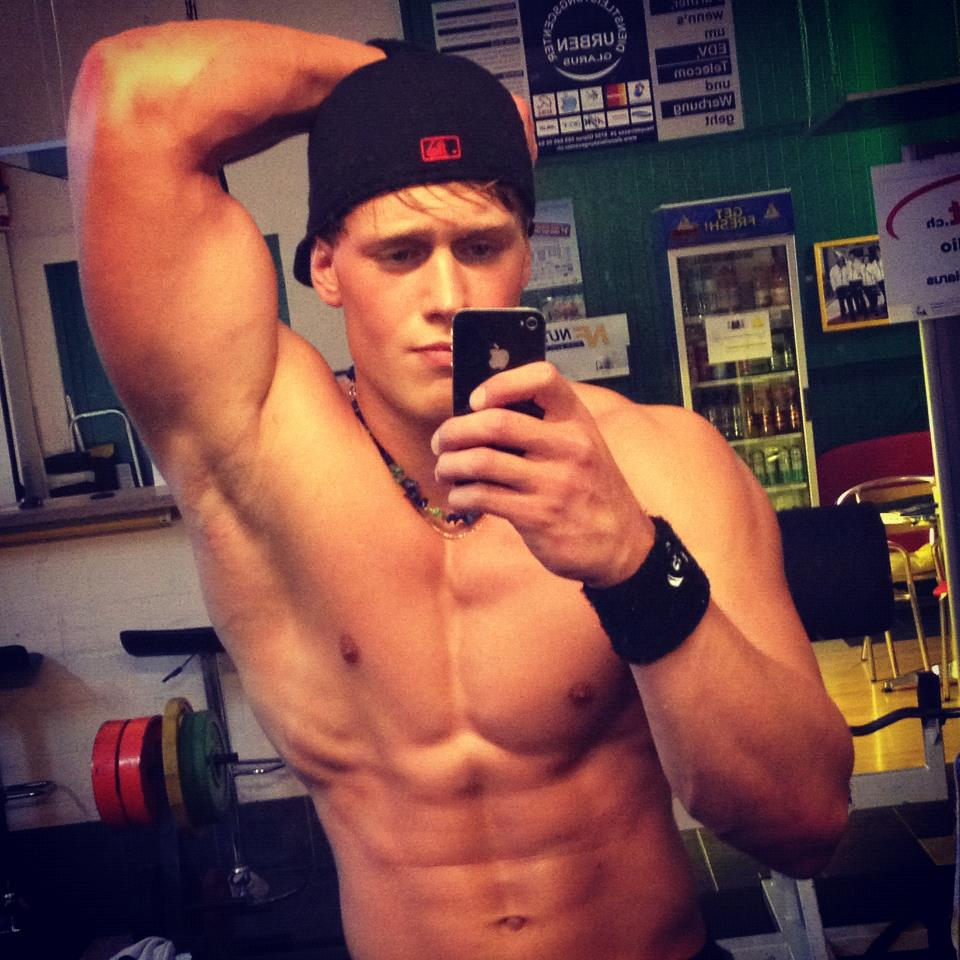 Muscle Boy Taking Pictures Of His Perfect Body